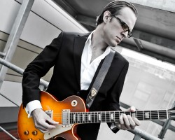 Joe Bonamassa brings the Blues Of Desperation