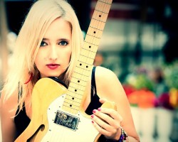 Vanesa Harbek and Vargas Blues Band will shake Europe