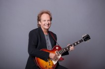 "Lee Ritenour  will make your mind twist, with the album ""A Twist Of Rit"""