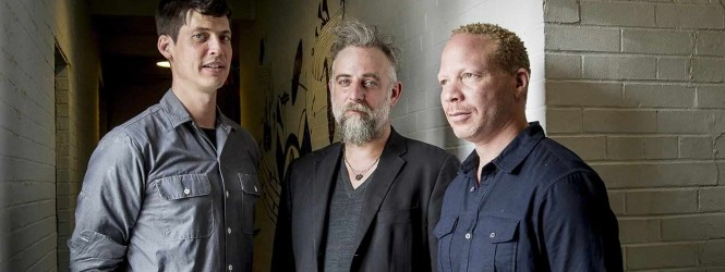 Smith,Taborn & Maneri – The Bell