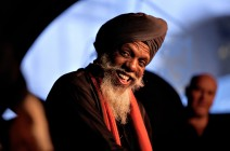 Dr. Lonnie Smith brings us Evolution